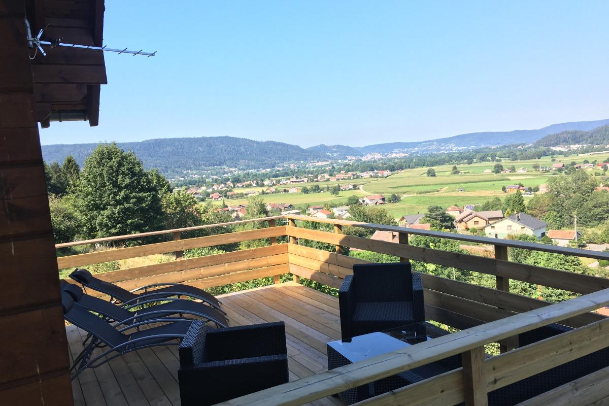 Terrasse vue montagne et vallée depuis le salon - Location de vacances - Dommartin-lès-Remiremont