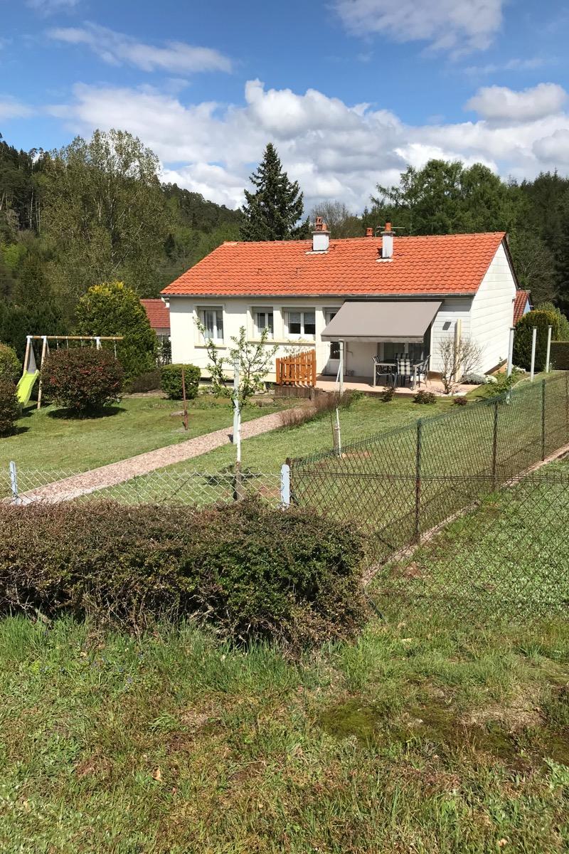 Gîte Bel Air côté jardin - Location de vacances - Bruyères