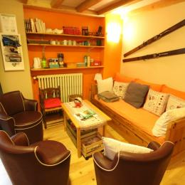 Salon convivialité - Chambre d'hôtes - Rochesson