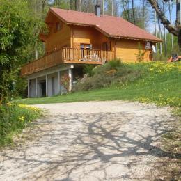 Chalet Vosges Wallonie entourée de verdure - Chambre d'hôtes - Girancourt