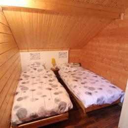 Chambre étage, 2 lits simples - Chambre d'hôtes - Girancourt