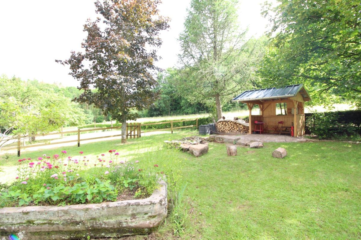 Entre Faune et Flore, espace extérieur et grand jardin clos - Location de vacances - Taintrux