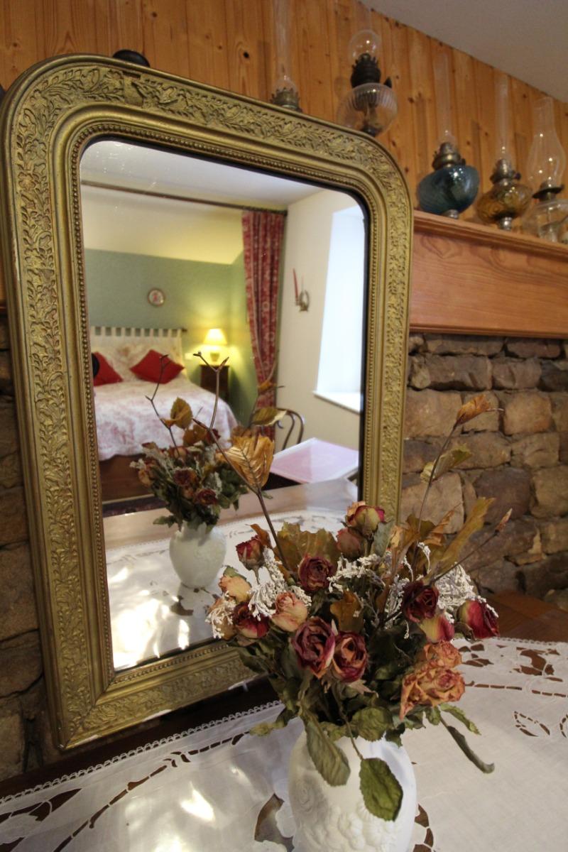 Chambre 1 Ambiance - Le Verger des Fontenelles - Chambre d'hôtes - Bains-les-Bains