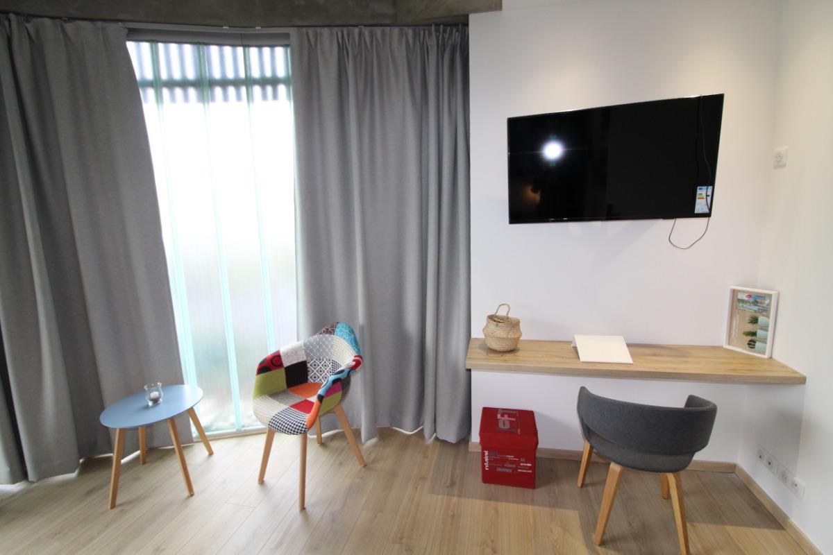 Salon/ Chambre - Location de vacances - Vittel