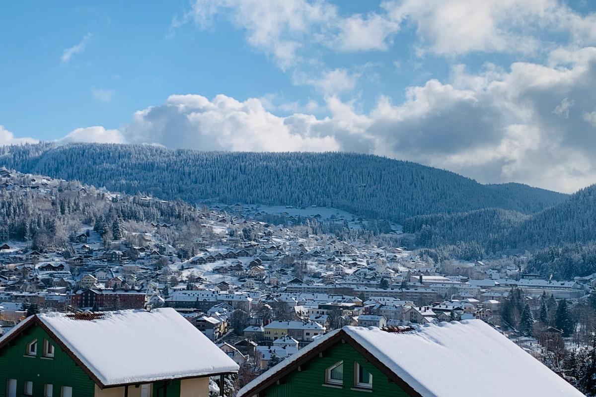Superbe vue panoramique sur le massif et les pistes de ski de Gérardmer - Location de vacances - Gérardmer