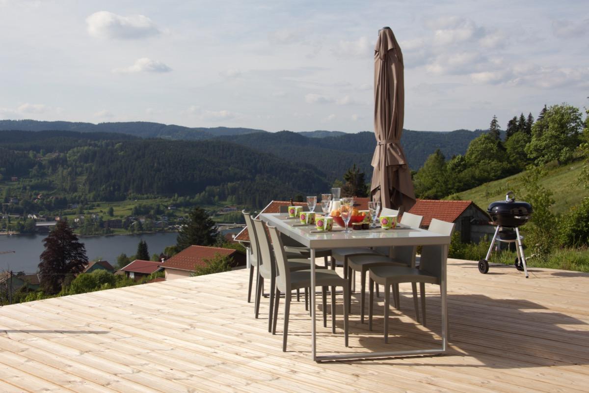 La terrasse Sue et sa vue panoramique - Location de vacances - Gérardmer