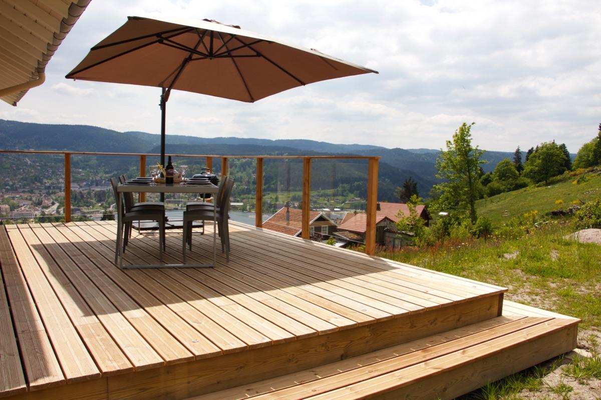 La terrasse haute avec grande vue sur le lac - Location de vacances - Gérardmer