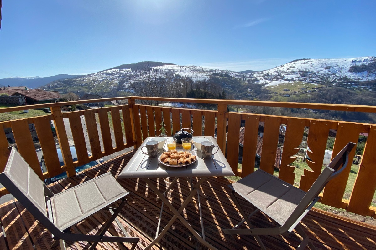 Terrasse, vue sur les montagnes - Location de vacances - La Bresse