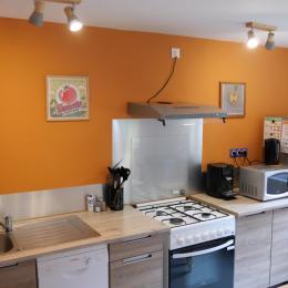 Chambre lit simple - Gîte Myrtille - Location de vacances - Taintrux