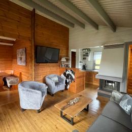 Chalet - Salon/séjour - Location de vacances - Saint-Maurice-sur-Moselle
