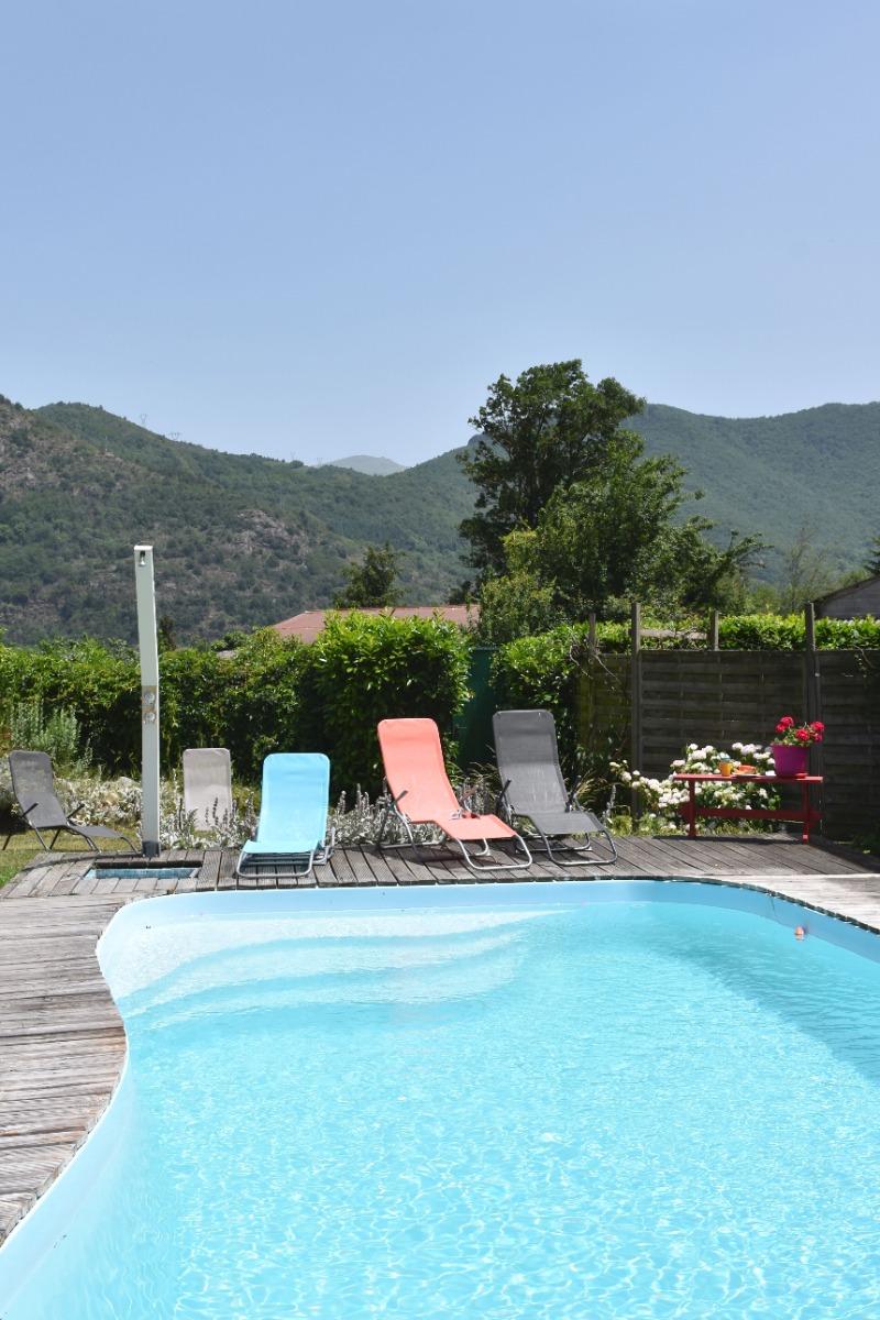 le jacuzzi à partager - Location de vacances - Surba