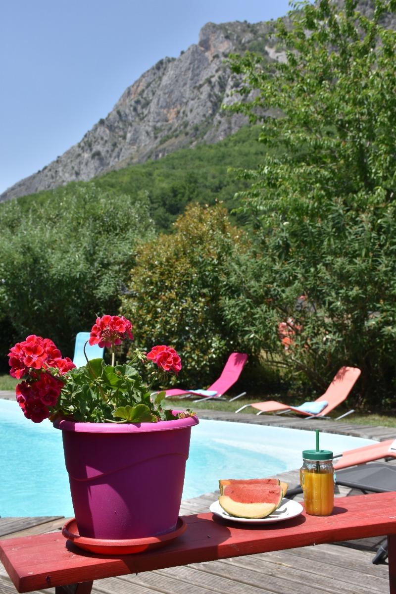 terrasse - Location de vacances - Surba