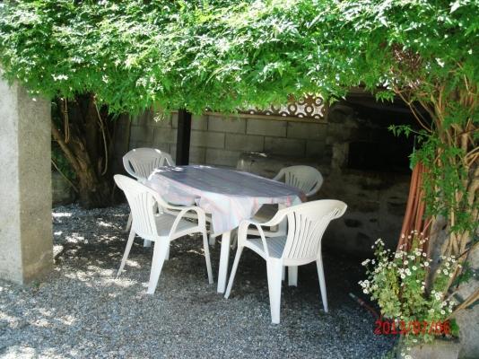 Auvent barbecue - Location de vacances - Les Cabannes