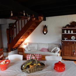 Chambre avec un lit 140 cm et un lit 120 cm - Location de vacances - Moulis