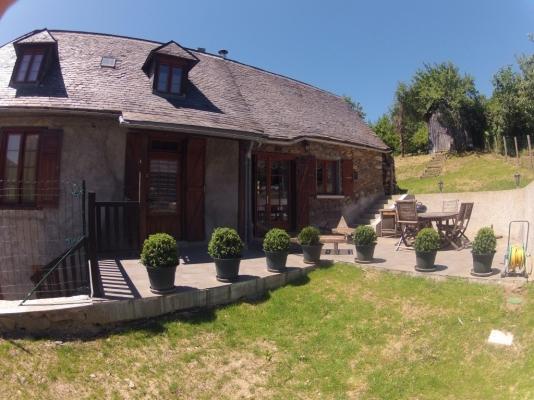 La terrasse - Location de vacances - Arrien-en-Bethmale