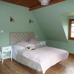 Chambre étage - Location de vacances - Arrien-en-Bethmale