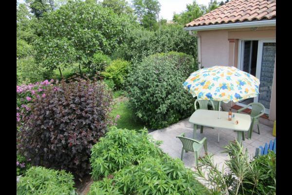 la terrasse - Location de vacances - Saint-Jean-du-Falga