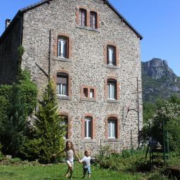 façade du bâtiment - Location de vacances - Château-Verdun