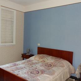 Chambre lit 140 - Location de vacances - Le Mas-d'Azil
