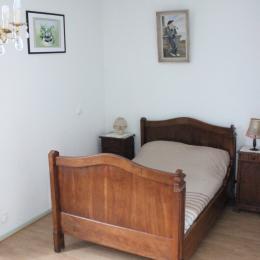 chambre 2 - Location de vacances - Château-Verdun