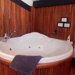 Salle de bains - Location de vacances - Lasserre