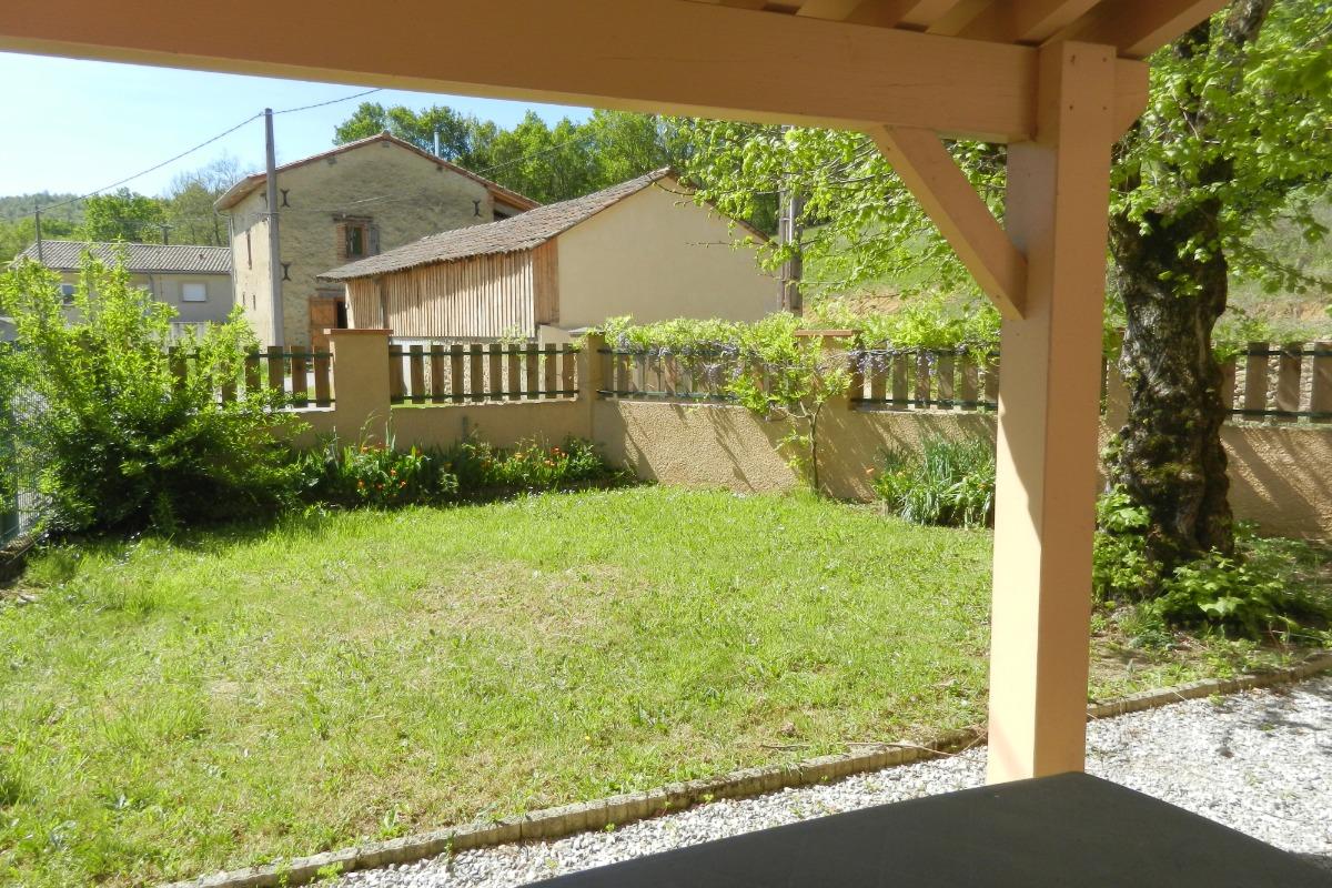 vue jardin clôturé - Location de vacances - Montégut-Plantaurel