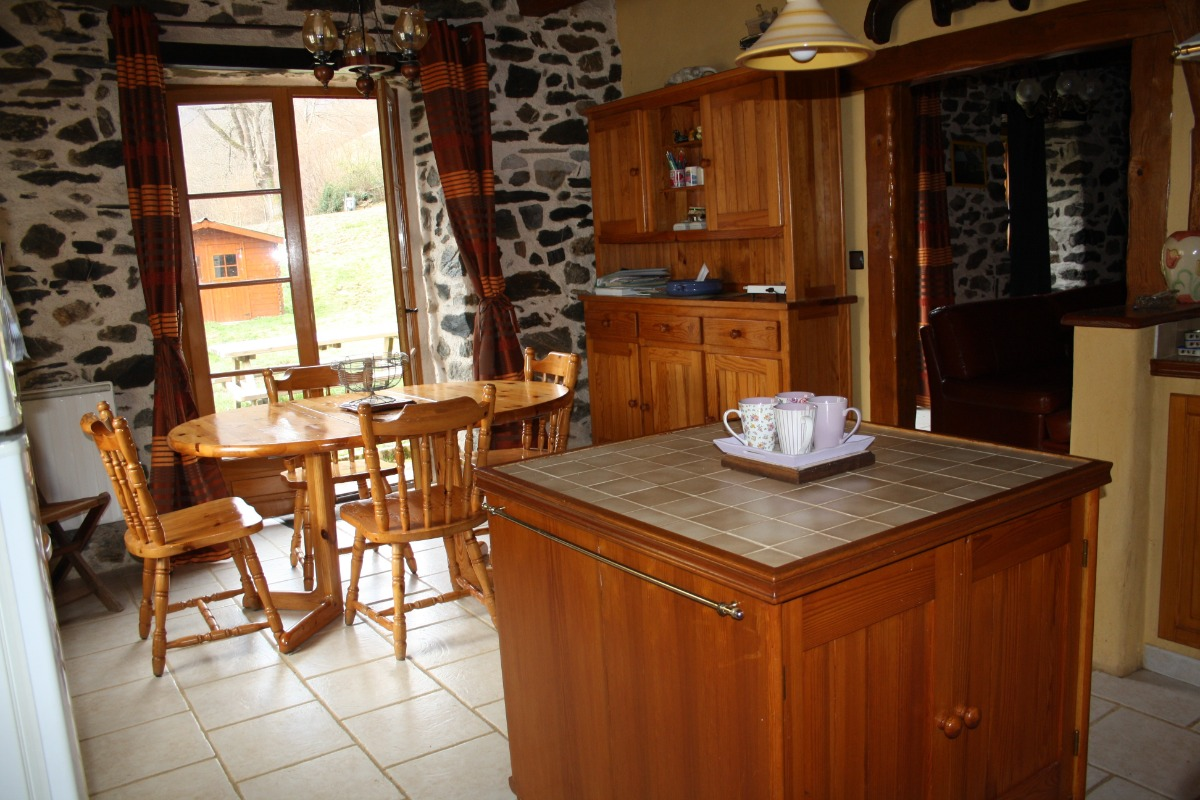 coin repas - Location de vacances - Saint-Lary