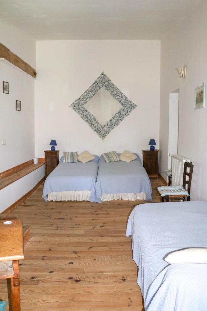 Chambre 3 lits 90 - Chambre d'hôtes - Rieucros