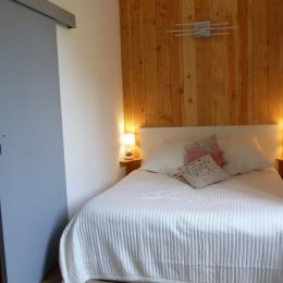 Chambre lit 160 - Location de vacances - Ussat