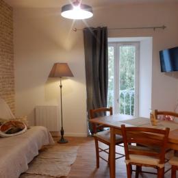 Salle de bain avec wc - Location de vacances - Ussat