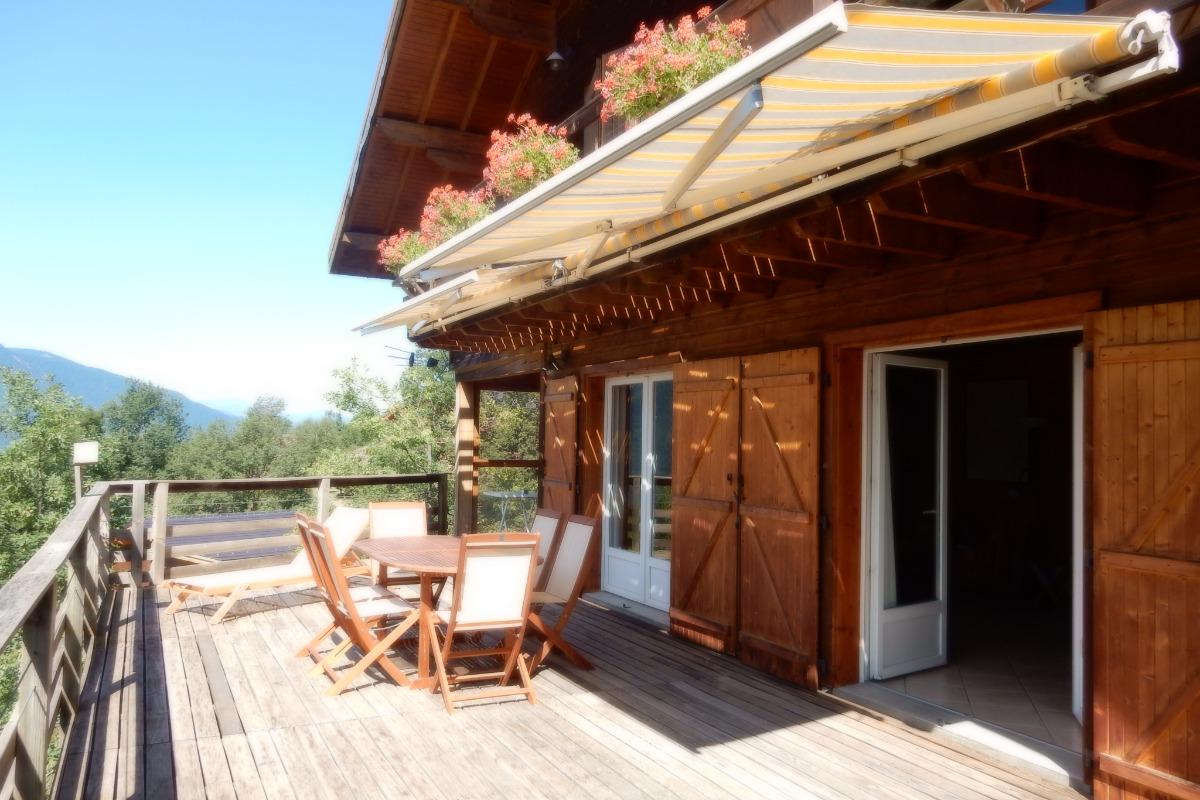 Grande terrasse chalet de Mado - Location de vacances - Ignaux