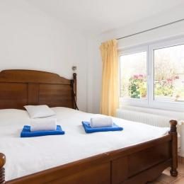 Espace chambre - Location de vacances - Suresnes