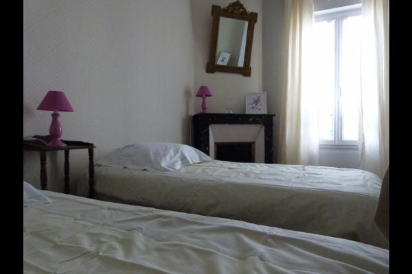 Chambre verte - Location de vacances - Noisy-le-Sec