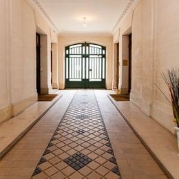 hall d'entrée de l'immeuble - Location de vacances - Charenton-le-Pont