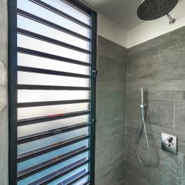 Salle de bain - Chambre d'hôtes - Le Gosier