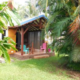 Terrasse du gite Tropiques aux gites Lamatéliane, location de vacances en Guadeloupe. - Location de vacances - Capesterre-Belle-Eau