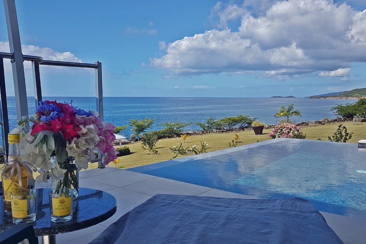 En bord de mer la villa Blue Moon à *Blue Haven Villas Guadeloupe* - Location de vacances - Bouillante