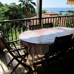 Terrasse couverte - Location de vacances - BOUILLANTE
