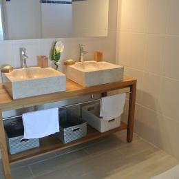 salle de bain a l etage  - Location de vacances - Le Marin