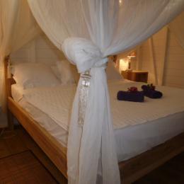la chambre diamant romantique et son jacuzzi - Chambre d'hôtes - Le Diamant