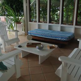 le salon extérieur  - Location de vacances - Le Carbet