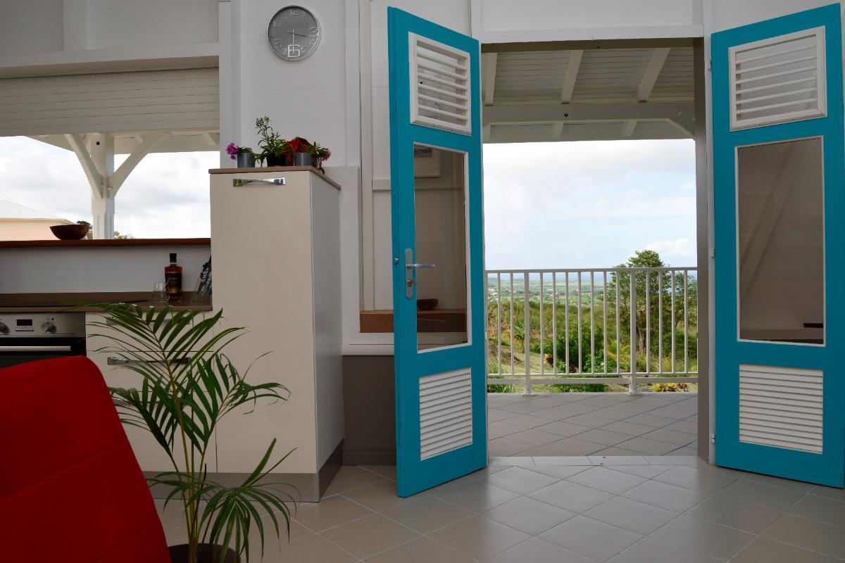 vue mer depuis salon porte d'entrée - Location de vacances - Le Marin
