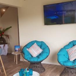 Accès étage - Location de vacances - Le Lamentin