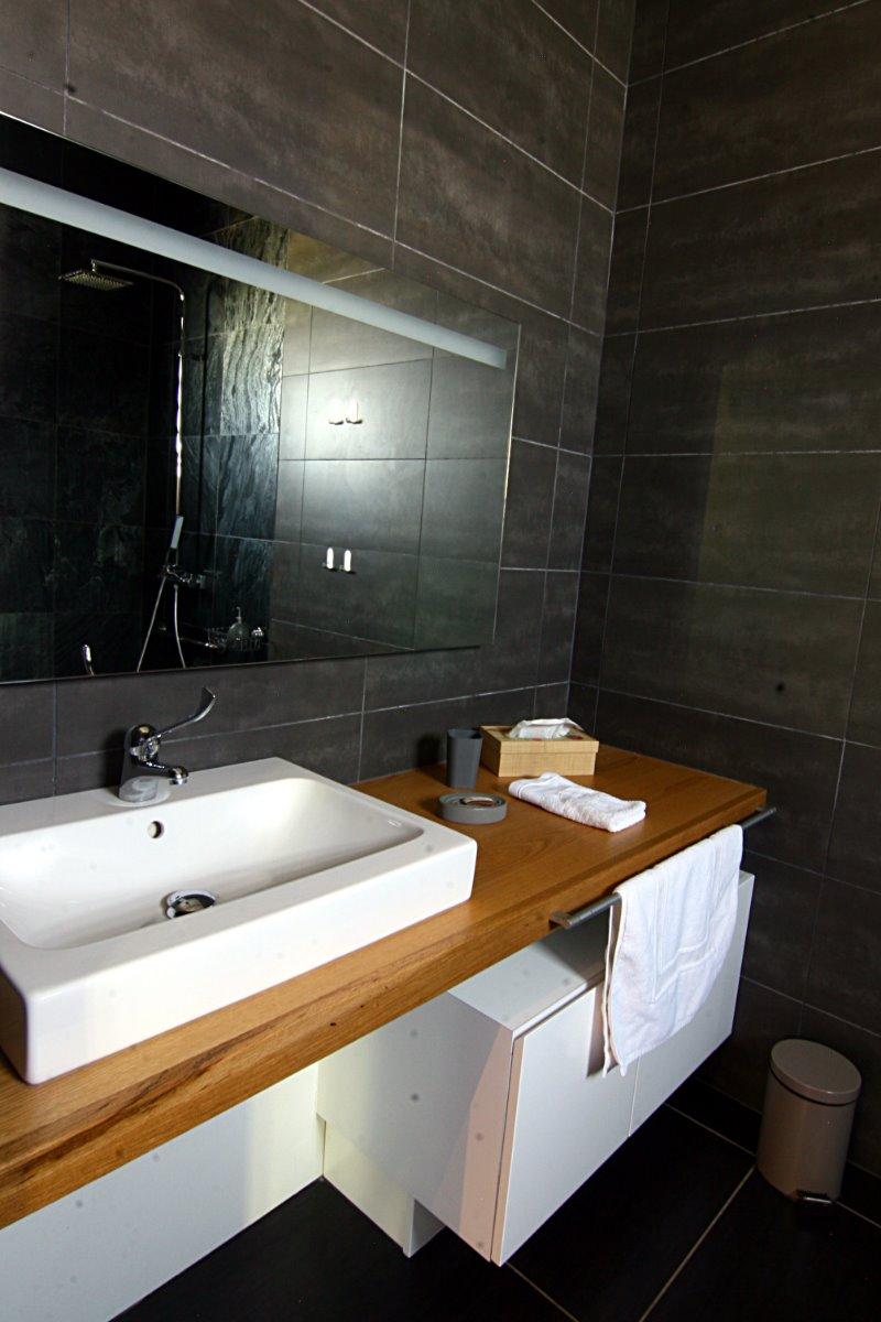 vue salle de bain - Chambre d'hôtes - L'Étang-Salé