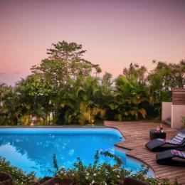 Vue piscine/mer - Chambre d'hôtes - L'Étang-Salé