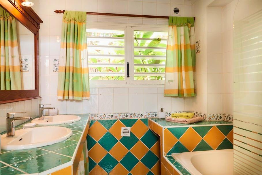 Salle de bain - Location de vacances - Saint-Leu