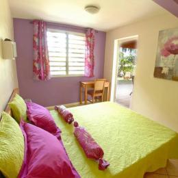 Chambre 1 Latanier Rouge - Location de vacances - Saint-Leu