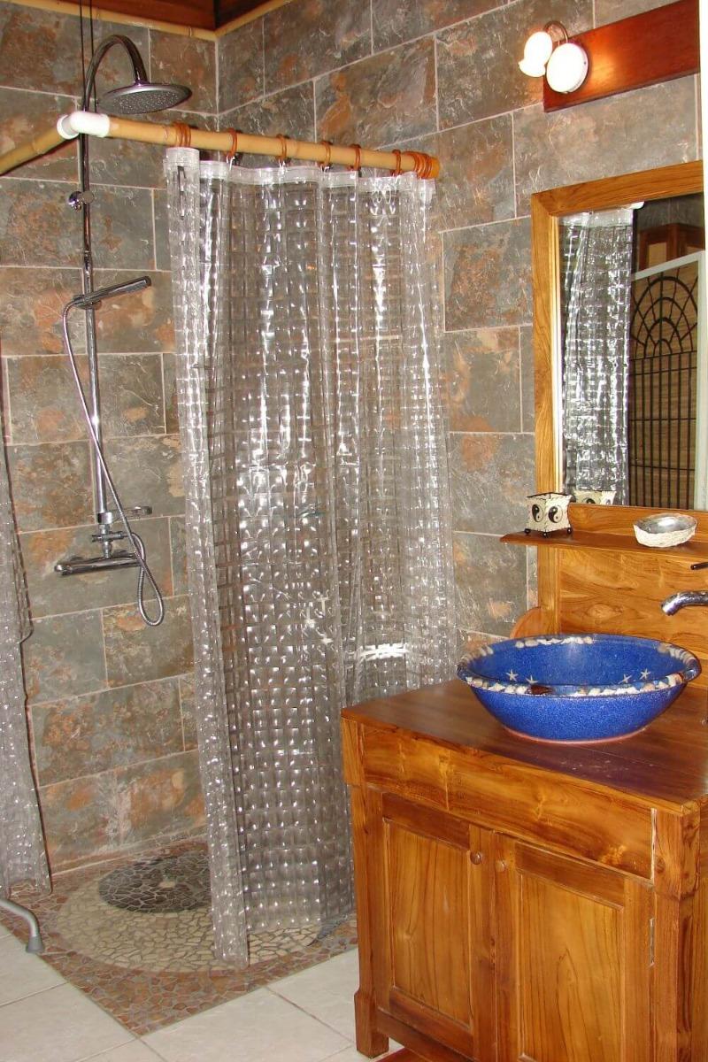 Salle de bain - Location de vacances - L'Étang-Salé