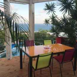 terrasse de laquelle vous pourrez voir les parapentes atterrir - Location de vacances - Saint-Leu