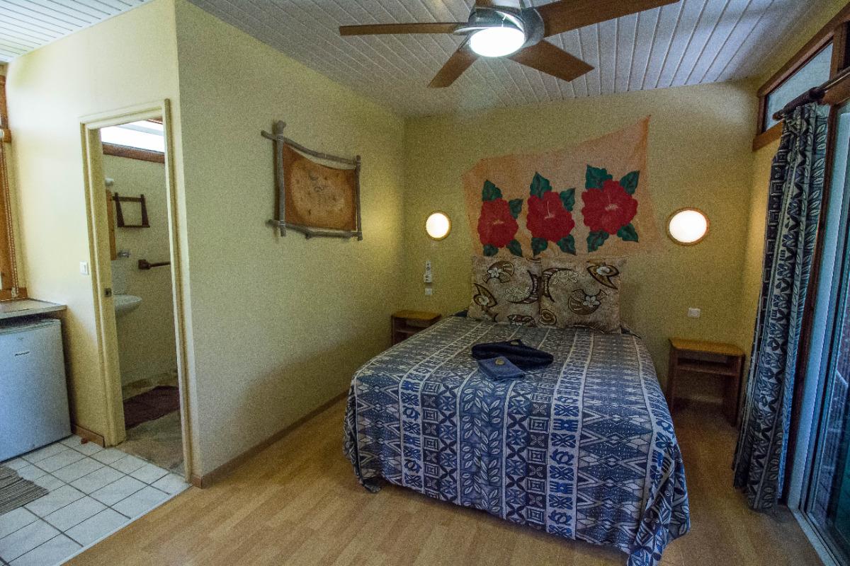 Studio avec kitchenette et salle de bain privées - Chambre d'hôtes - Rangiroa